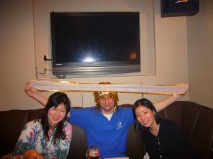 ShibuyaPubQuiz Apr '08 018